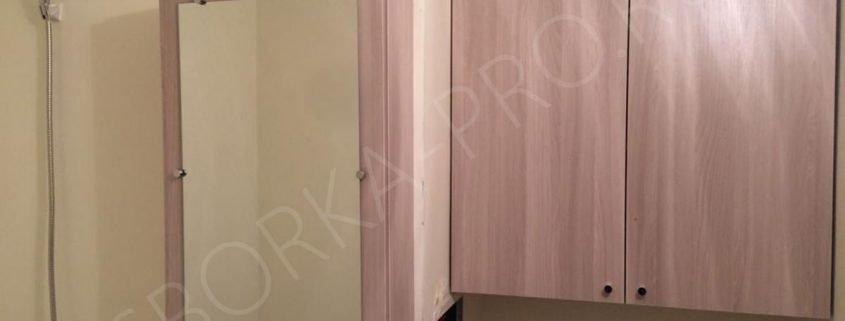 шкафчик с зеркалом в ванну