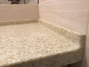 столешница из искусственного камня в ванну
