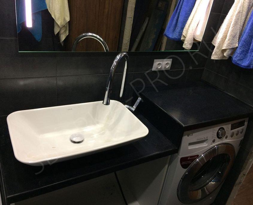 черная столешница из искусственного камня для ванной