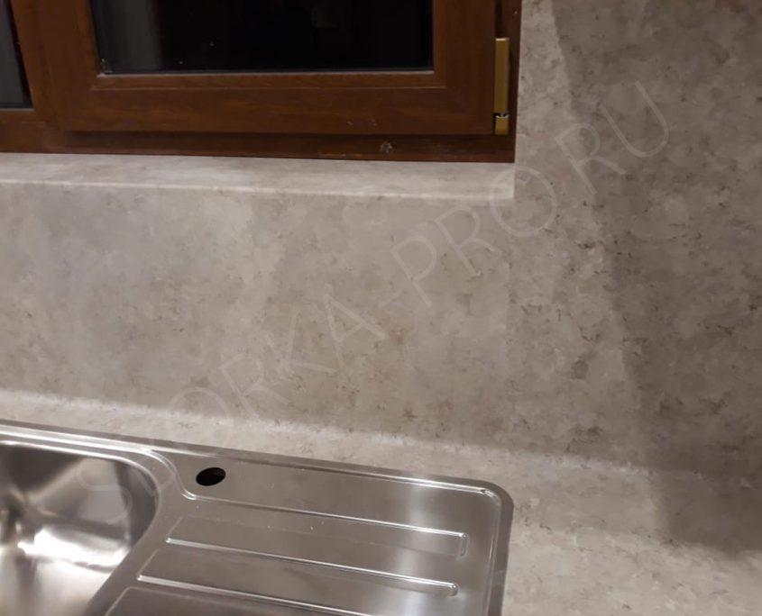 Стеновая панель с переходом в подоконник