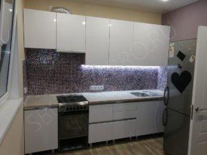 Кухня с фасадами из МДФ с профилем GOLA