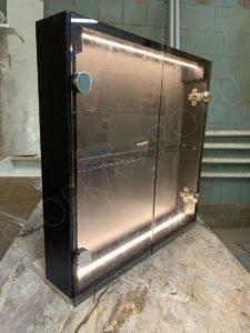 шкафчик с подсветкой