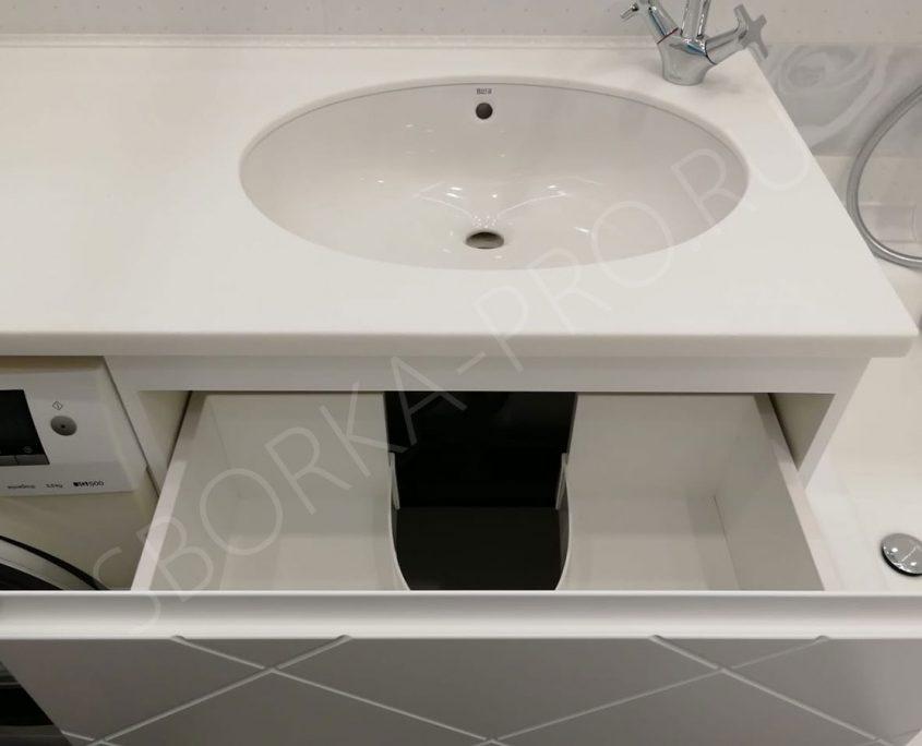 белая тумба в ванну