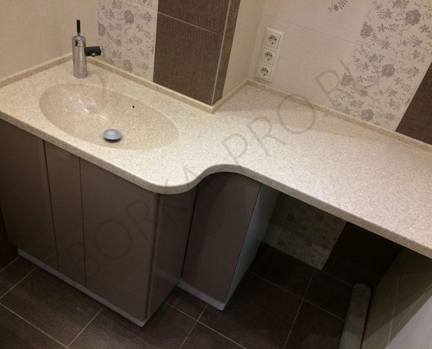 столешница в ванну с интегрированным умывальником