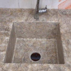 Интегрированная мойка из камня