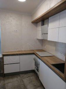Белая матовая кухня с профилем GOLA