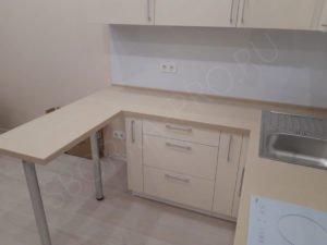 столешница для кухни с переходом в стол