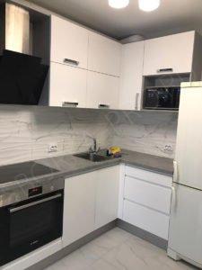 белая матовая кухня МДФ эмаль