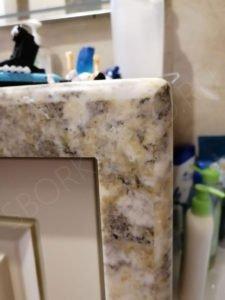 столешница в ванну с вертикальной опорой в пол