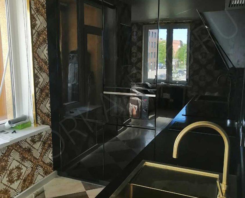 кухня черный глянец